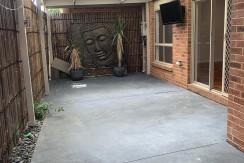 courtyard3